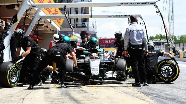Lewis Hamilton (GBR) Mercedes-Benz F1 W07 Hybrid pit stop at Formula One World Championship, Rd5, Spanish Grand Prix, Qualifying, Barcelona, Spain, Saturday 14 May 2016. &copy&#x3b; Sutton Motorsport Images