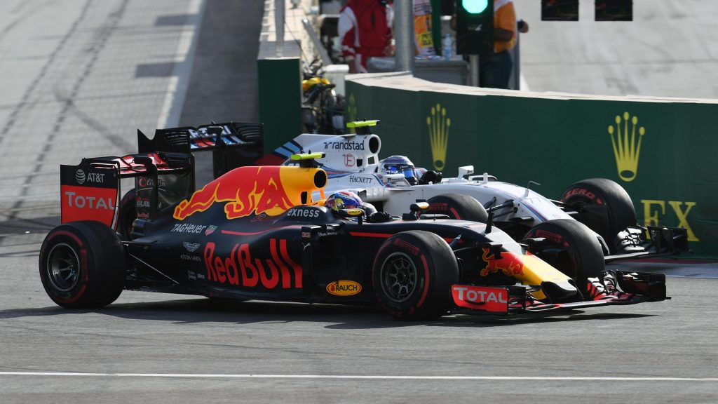 Say%20what?%20The%20best%20of%20race%20radio%20in%20Baku
