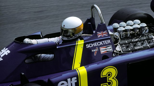 Jody Scheckter shows of the porthole on the side of the P34. Monaco Grand Prix, 30 May 1976. © Sutton Motorsport Images