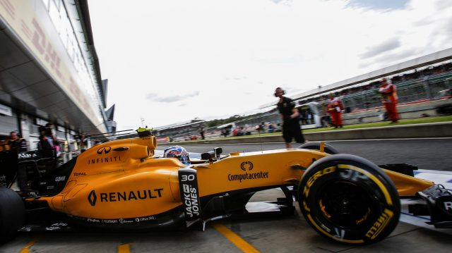 Jolyon Palmer (GBR) Renault Sport F1 Team RS16 at Formula One World Championship, Rd10, British Grand Prix, Practice, Silverstone, England, Friday 8 July 2016. &copy&#x3b; Sutton Images