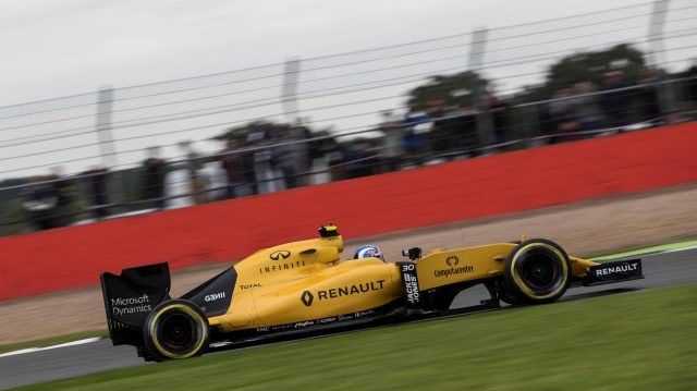 Jolyon Palmer (GBR) Renault Sport F1 Team RS16 at Formula One World Championship, Rd10, British Grand Prix, Qualifying, Silverstone, England, Saturday 9 July 2016. &copy&#x3b; Sutton Images