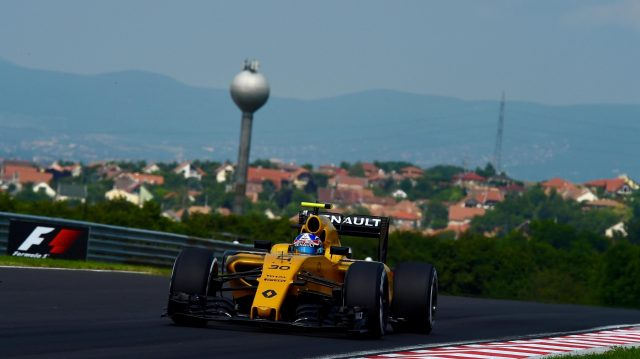 Jolyon Palmer (GBR) Renault Sport F1 Team RS16 at Formula One World Championship, Rd11, Hungarian Grand Prix, Qualifying, Hungaroring, Hungary, Saturday 23 July 2016. &copy&#x3b; Sutton Images