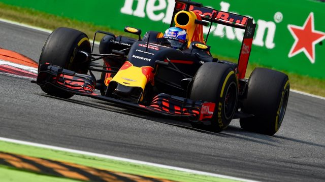 Daniel Ricciardo (AUS) Red Bull Racing RB12 at Formula One World Championship, Rd14, Italian Grand Prix, Qualifying, Monza, Italy, Saturday 3 September 2016. &copy&#x3b; Sutton Images