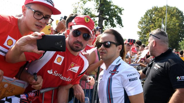 Felipe Massa (BRA) Williams fans selfie at Formula One World Championship, Rd14, Italian Grand Prix, Preparations, Monza, Italy, Thursday 1 September 2016. &copy&#x3b; Sutton Images