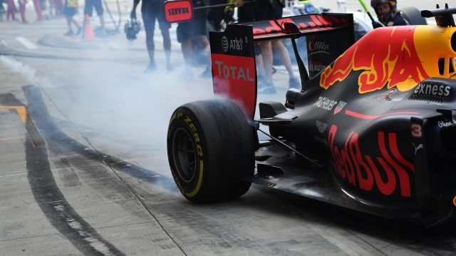 Daniel Ricciardo (AUS) Red Bull Racing RB12 makes a burnout at Formula One World Championship, Rd14, Italian Grand Prix, Qualifying, Monza, Italy, Saturday 3 September 2016. &copy&#x3b; Sutton Images