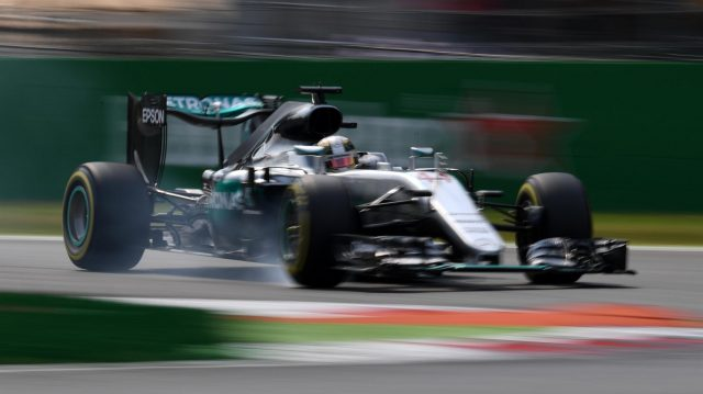 Lewis Hamilton (GBR) Mercedes-Benz F1 W07 Hybrid locks up at Formula One World Championship, Rd14, Italian Grand Prix, Qualifying, Monza, Italy, Saturday 3 September 2016. &copy&#x3b; Sutton Images