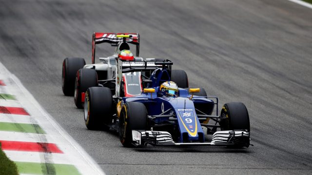 Marcus Ericsson (SWE) Sauber C35 and Esteban Gutierrez (MEX) Haas VF-16 battle for position at Formula One World Championship, Rd14, Italian Grand Prix, Race, Monza, Italy, Sunday 4 September 2016. &copy&#x3b; Sutton Images
