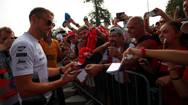 Jenson Button (GBR) McLaren signs autographs for the fans at Formula One World Championship, Rd14, Italian Grand Prix, Race, Monza, Italy, Sunday 4 September 2016. &copy&#x3b; Sutton Images