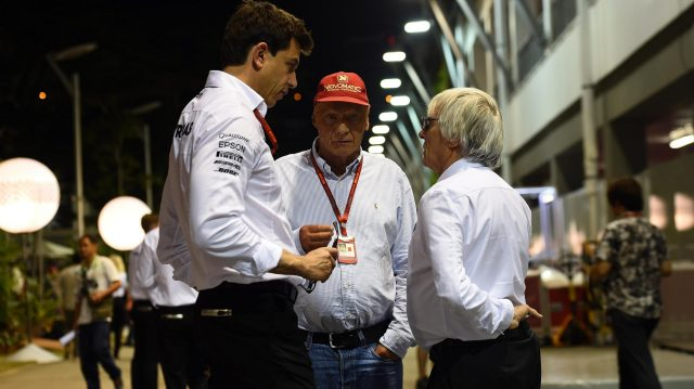 Toto Wolff (AUT) Mercedes AMG F1 Director of Motorsport, Niki Lauda (AUT) Mercedes AMG F1 Non-Executive Chairman and Bernie Ecclestone (GBR) CEO Formula One Group (FOM) at Formula One World Championship, Rd15, Singapore Grand Prix, Qualifying, Marina Bay Street Circuit, Singapore, Saturday 17 September 2016. &copy&#x3b; Sutton Images