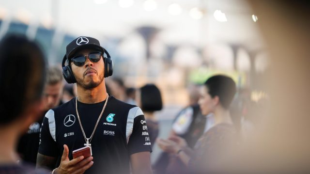 Lewis Hamilton (GBR) Mercedes AMG F1 on the drivers parade at Formula One World Championship, Rd15, Singapore Grand Prix, Race, Marina Bay Street Circuit, Singapore, Sunday 18 September 2016. &copy&#x3b; Sutton Images