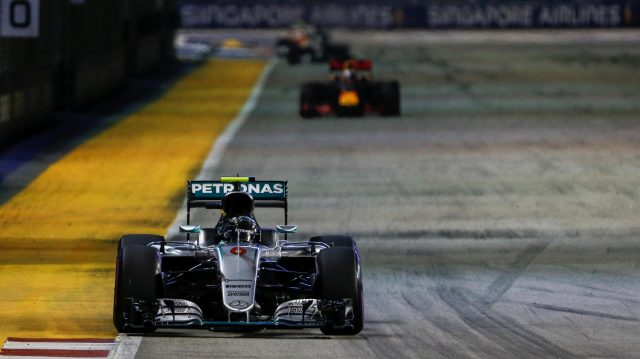 Nico Rosberg (GER) Mercedes-Benz F1 W07 Hybrid at Formula One World Championship, Rd15, Singapore Grand Prix, Race, Marina Bay Street Circuit, Singapore, Sunday 18 September 2016. &copy&#x3b; Sutton Images