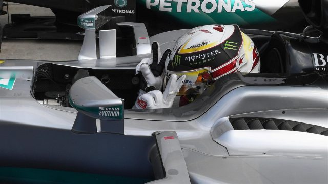 Pole sitter Lewis Hamilton (GBR) Mercedes-Benz F1 W07 Hybrid celebrates in parc ferme at Formula One World Championship, Rd14, Italian Grand Prix, Qualifying, Monza, Italy, Saturday 3 September 2016. &copy&#x3b; Sutton Images