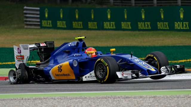 Felipe Nasr (BRA) Sauber C35 with rear puncture on lap one at Formula One World Championship, Rd14, Italian Grand Prix, Race, Monza, Italy, Sunday 4 September 2016. &copy&#x3b; Sutton Images