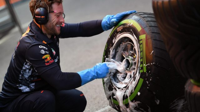 Red Bull Racing mechainc washes Pirelli tyres and wheels at Formula One Testing, Day Four, Barcelona, Spain, 2 March 2017. &copy&#x3b; Sutton Images