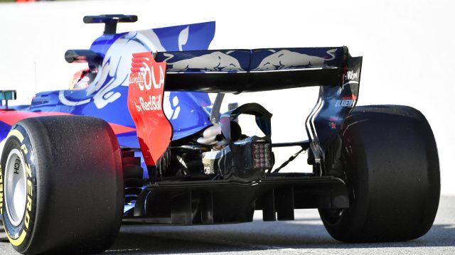 Daniil Kvyat (RUS) Scuderia Toro Rosso STR12 and rear detail at Formula One Testing, Day One, Barcelona, Spain, 7 March 2017. &copy&#x3b; Sutton Images