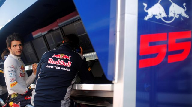 Carlos Sainz jr (ESP) Scuderia Toro Rosso on the pit wall gantry at Formula One Testing, Day Four, Barcelona, Spain, 10 March 2017. &copy&#x3b; Sutton Images