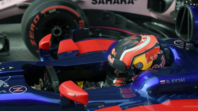 Daniil Kvyat (RUS) Scuderia Toro Rosso STR12 in parc ferme at Formula One World Championship, Rd2, Chinese Grand Prix, Qualifying, Shanghai, China, Saturday 8 April 2017. &copy&#x3b; Sutton Motorsport Images
