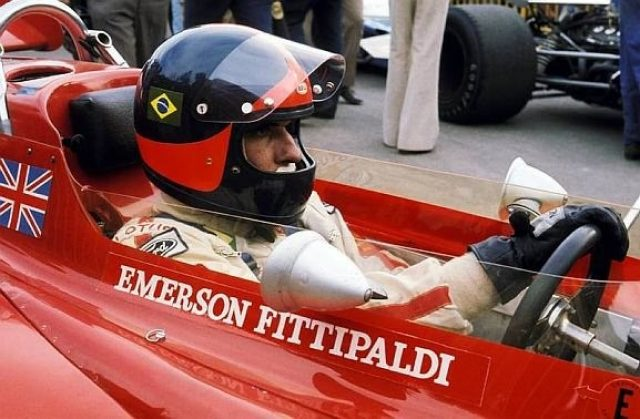 Emerson Fittipaldi (BRA) Lotus 72C retired on lap 55 with a broken rear suspension. Spanish Grand Prix, Montjuich Park, 18 April 1971. World © Phipps/Sutton