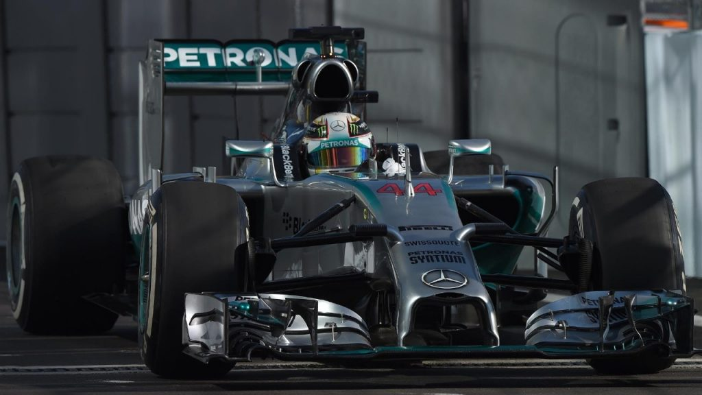 FP2%20-%20Hamilton%20surges%20clear%20of%20the%20field%20in%20Sochi
