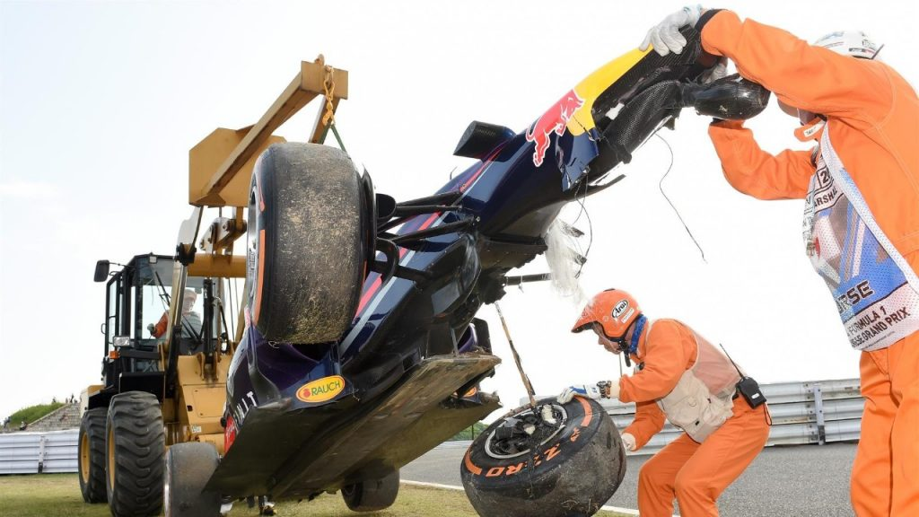 Ricciardo%20accepts%20blame%20for%20Suzuka%20practice%20crash