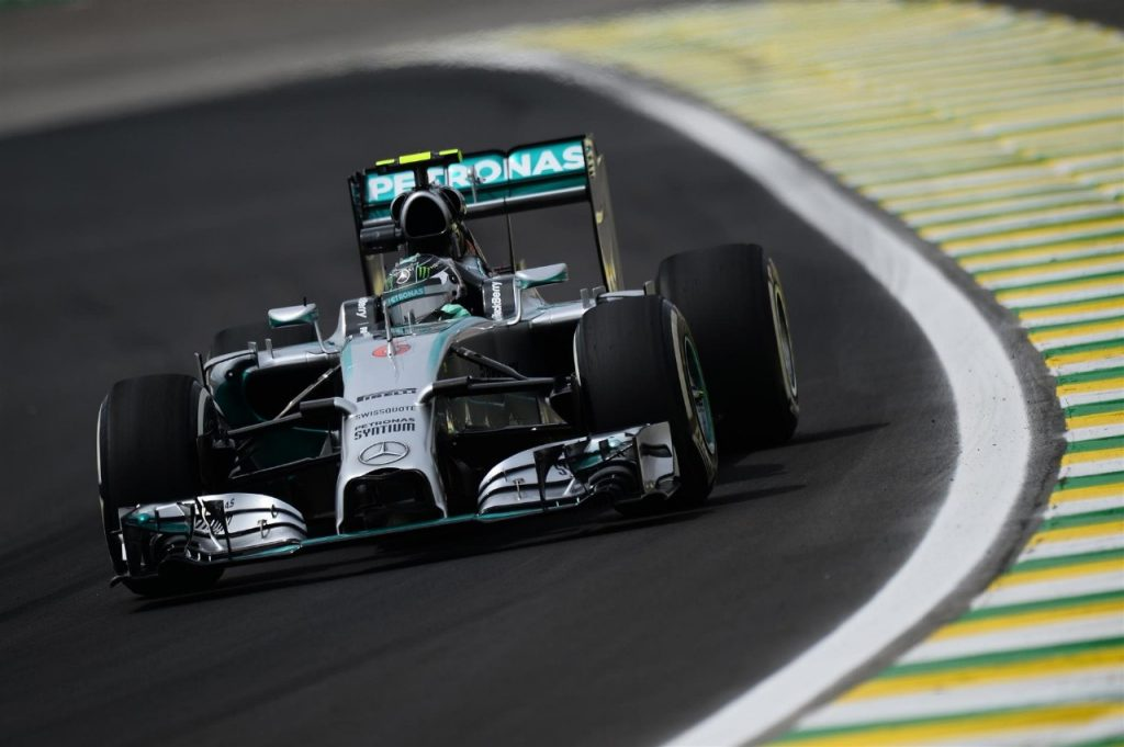 FP2%20-%20Rosberg%20heads%20Hamilton%20in%20disrupted%20session%20in%20Brazil