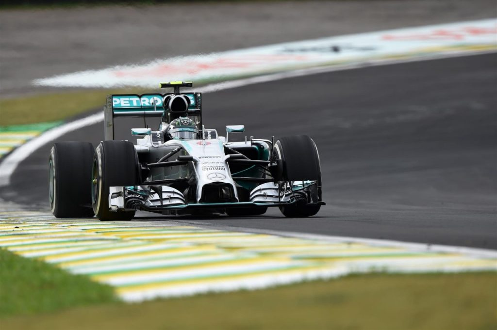 FP3%20-%20Rosberg%20continues%20to%20lead%20the%20way%20in%20Brazil