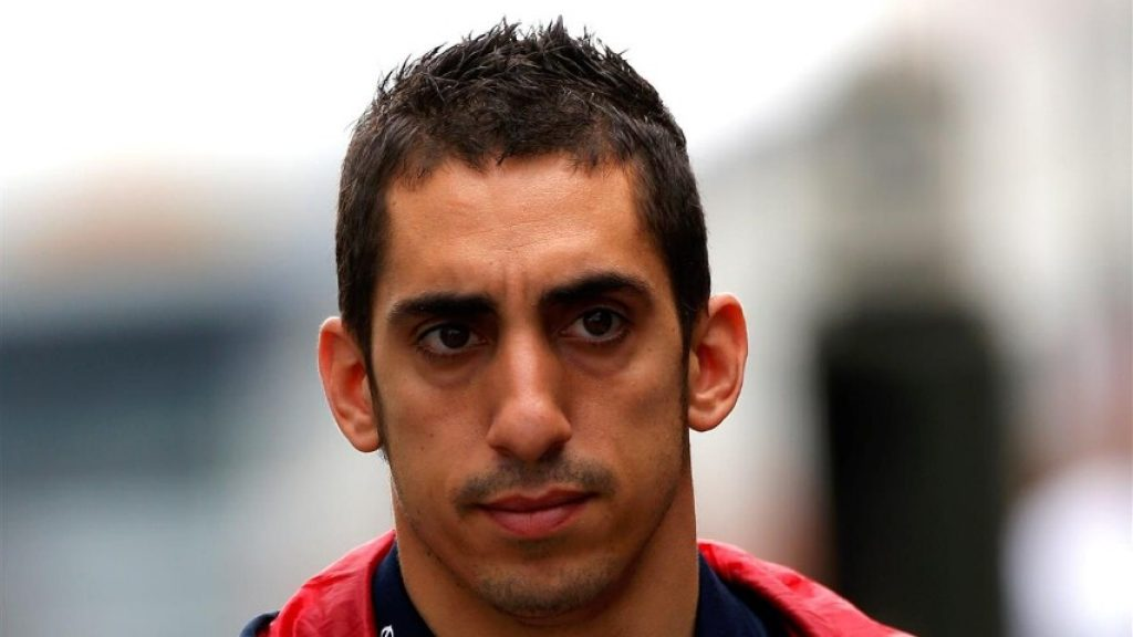 Red%20Bull%20retain%20Buemi%20as%202015%20reserve%20driver
