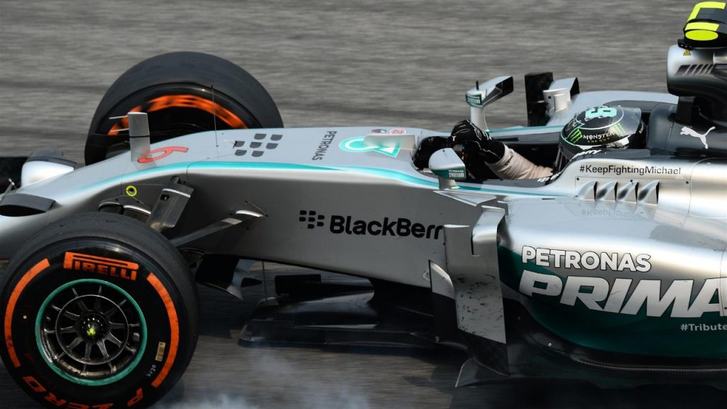 FP3%20-%20Rosberg%20edges%20Hamilton%20as%20Mercedes%20dominate