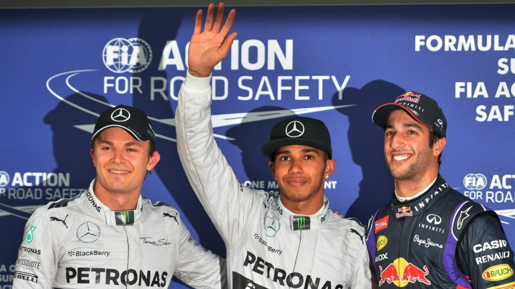 Qualifying%20-%20Hamilton%20snatches%20pole%20from%20Ricciardo%20in%20Australia