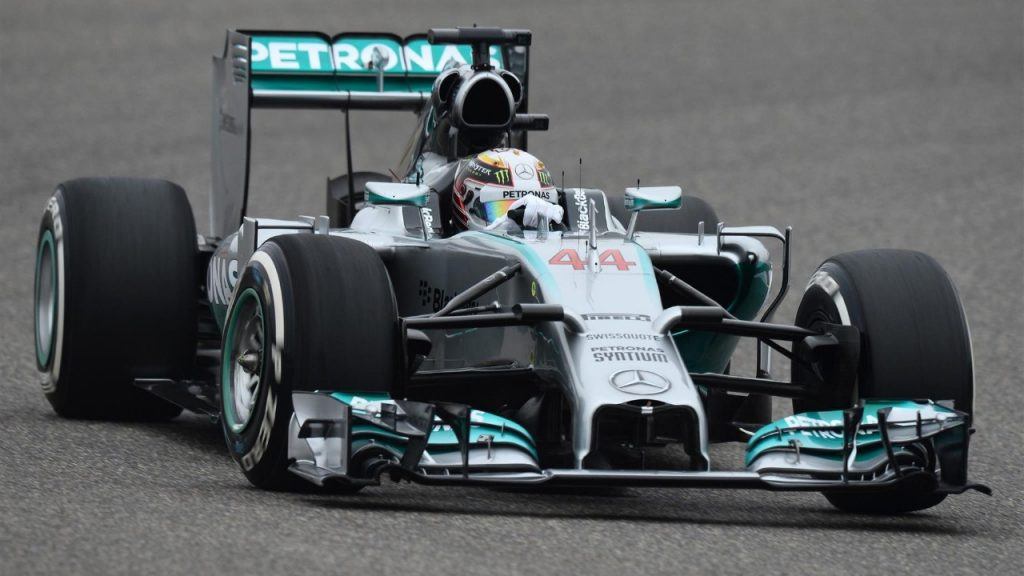 FP2%20-%20Hamilton%20edges%20ahead%20of%20Alonso%20in%20China