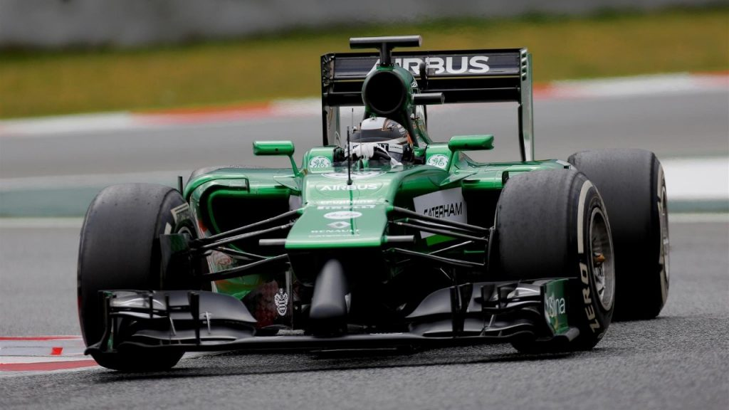 Caterham%20pull%20out%20of%20Barcelona%20test%20due%20to%20damage