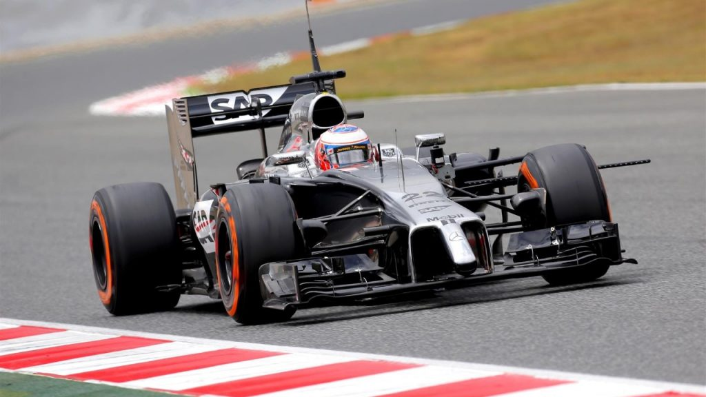 McLaren%20could%20%27go%20radical%27%20after%20Silverstone