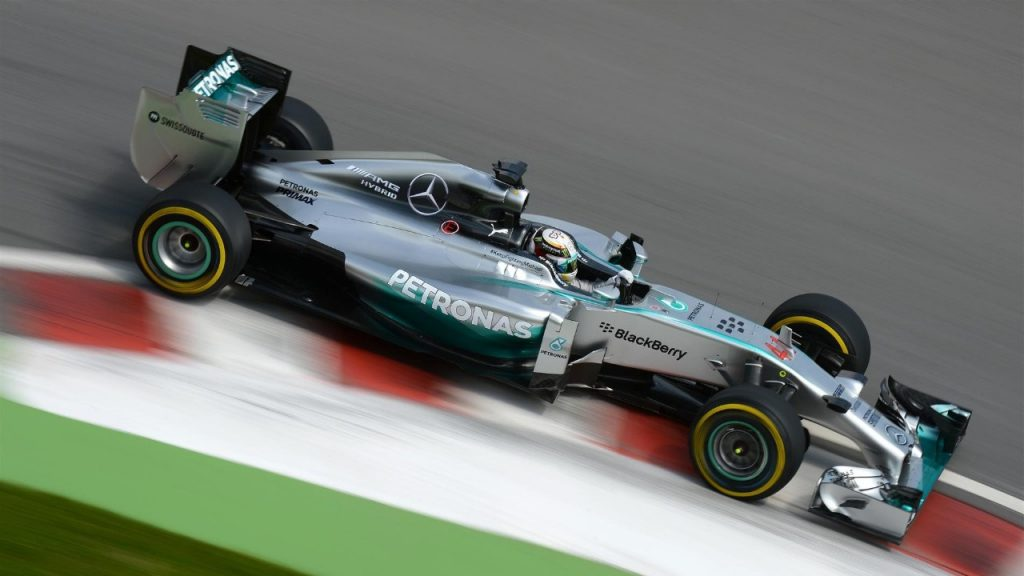 FP3%20-%20Hamilton%20blitzes%20field%20in%20final%20Montreal%20practice%20session