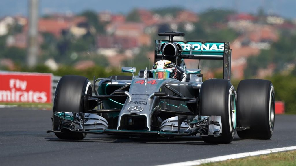 FP1%20-%20Hamilton%20on%20top%20as%20Mercedes%20seize%20control%20in%20Hungary