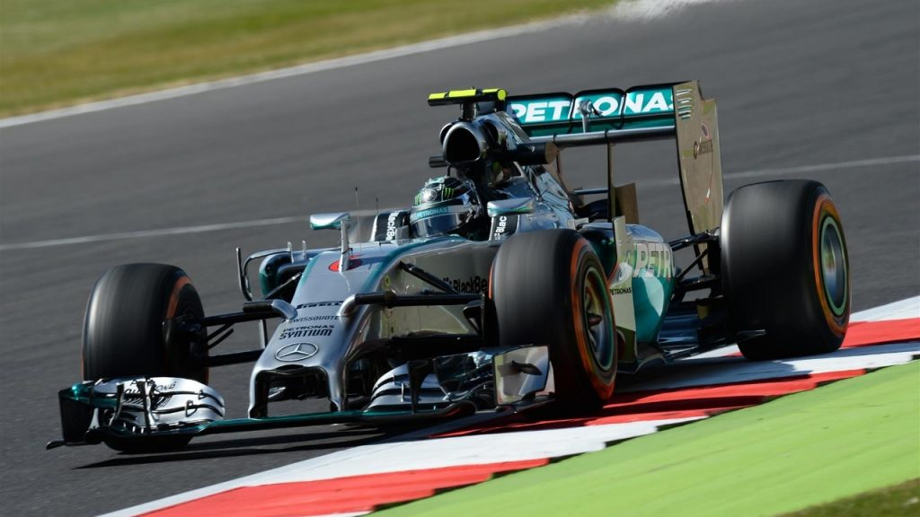 FP1%20-%20Rosberg%20top,%20double%20woe%20for%20Williams%20in%20Britain