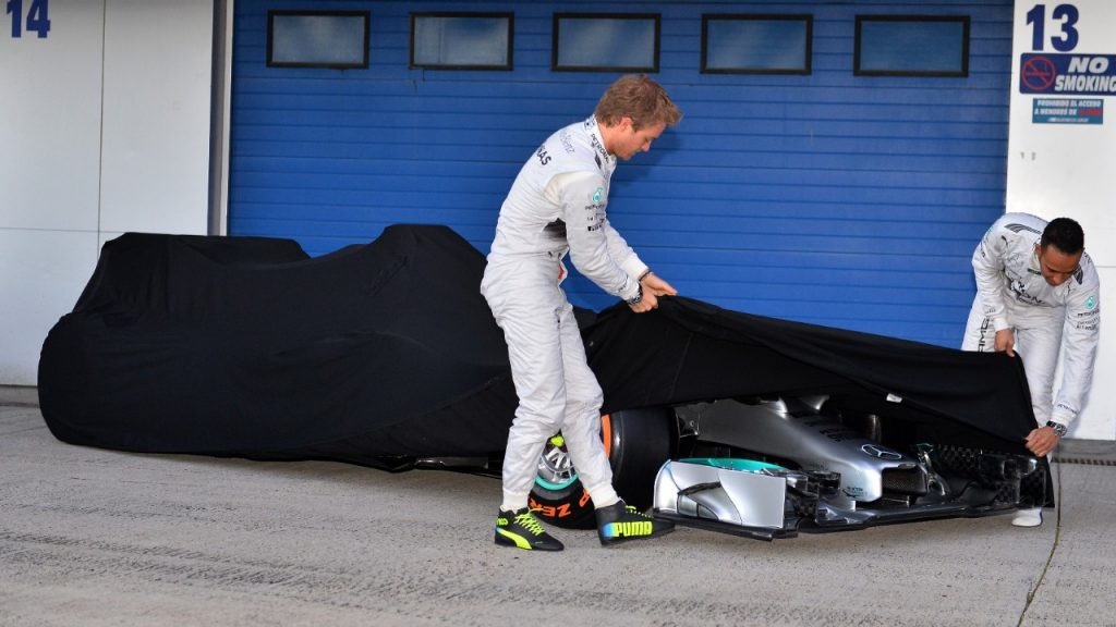 Mercedes%20to%20unveil%202015%20car%20at%20first%20test