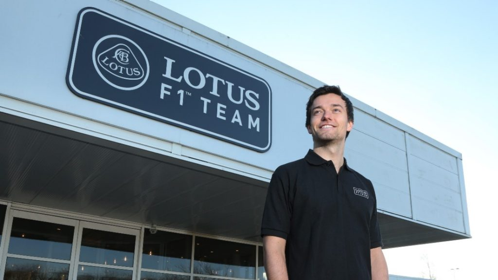 Palmer%20signs%20as%20Lotus%20third%20driver%20for%202015