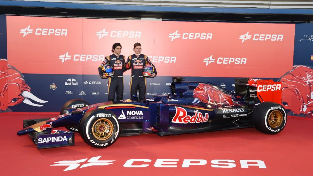 Toro%20Rosso%20debut%20the%20STR10%20in%20Spain