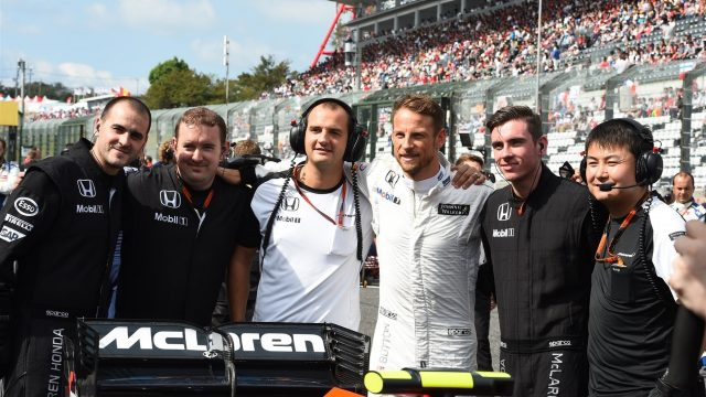 Jenson Button (GBR) McLaren on the grid on the grid at Formula One World Championship, Rd14, Japanese Grand Prix, Race, Suzuka, Japan, Sunday 27 September 2015. &copy&#x3b; Sutton Motorsport Images