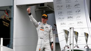 Vandoorne eyes F1 drive after GP2 title triumph