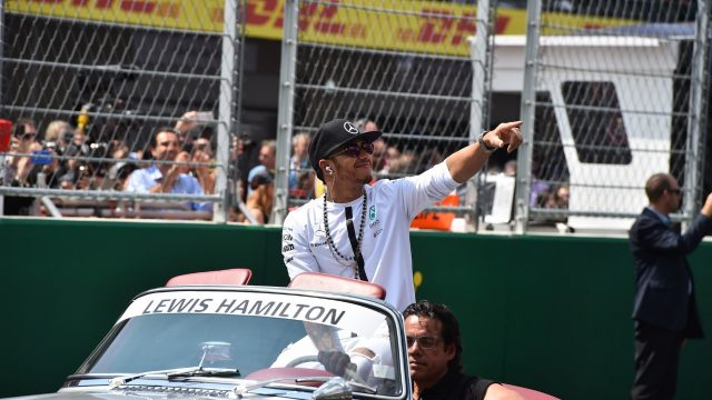 Lewis Hamilton (GBR) Mercedes AMG F1 on the drivers parade at Formula One World Championship, Rd17, Mexican Grand Prix, Race, Circuit Hermanos Rodriguez, Mexico City, Mexico, Sunday 1  November 2015. &copy&#x3b; Sutton Motorsport Images