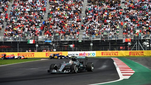 Lewis Hamilton (GBR) Mercedes AMG F1 W06 at Formula One World Championship, Rd17, Mexican Grand Prix, Race, Circuit Hermanos Rodriguez, Mexico City, Mexico, Sunday 1  November 2015. &copy&#x3b; Sutton Motorsport Images