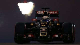 Five-place gearbox penalty for Grosjean