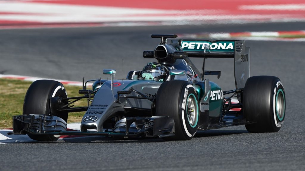 Rosberg%20and%20Mercedes%20fire%20ominous%20warning%20on%20day%20two