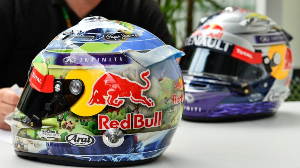 FIA%20clarifies%20new%20helmet%20design%20rules