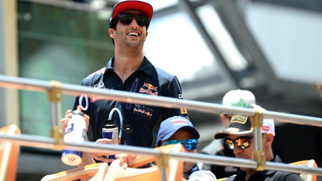 Daniel Ricciardo (AUS) Red Bull Racing on the drivers parade at Formula One World Championship, Rd2, Malaysian Grand Prix, Race, Sepang, Malaysia, Sunday 29 March 2015. &copy&#x3b; Sutton Motorsport Images