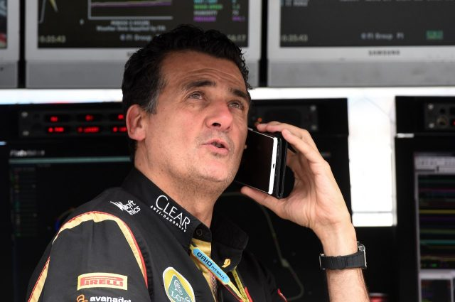 Federico Gastaldi (ARG) Lotus F1 Team Deputy Team Principal on the pit wall gantry &copy&#x3b; Sutton Motorsport Images