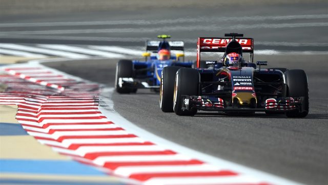 Max Verstappen (NDL) Scuderia Toro Rosso STR10 at Formula One World Championship, Rd4, Bahrain Grand Prix Qualifying, Bahrain International Circuit, Sakhir, Bahrain, Saturday 18  April 2015. &copy&#x3b; Sutton Motorsport Images