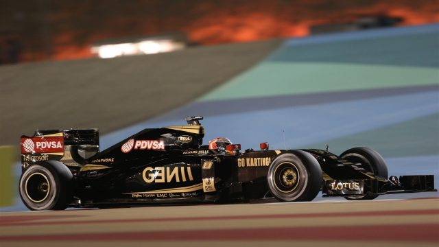 Romain Grosjean (FRA) Lotus E23 Hybrid at Formula One World Championship, Rd4, Bahrain Grand Prix Practice, Bahrain International Circuit, Sakhir, Bahrain, Friday 17 April 2015. &copy&#x3b; Sutton Motorsport Images
