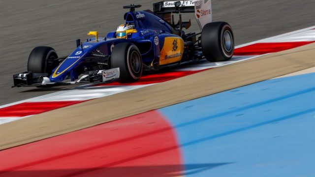 Marcus Ericsson (SWE) Sauber C34 at Formula One World Championship, Rd4, Bahrain Grand Prix Practice, Bahrain International Circuit, Sakhir, Bahrain, Friday 17 April 2015. &copy&#x3b; Sutton Motorsport Images